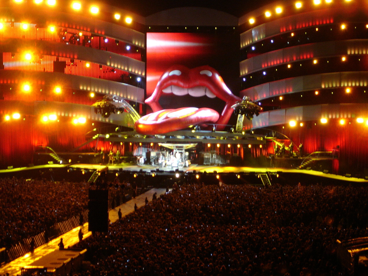 a bigger band tour the rolling stones starsailor stade de france saint denis june 16. Black Bedroom Furniture Sets. Home Design Ideas
